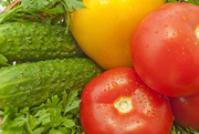 Закупка овощей: огурцы,  томаты,  перец болгарский.